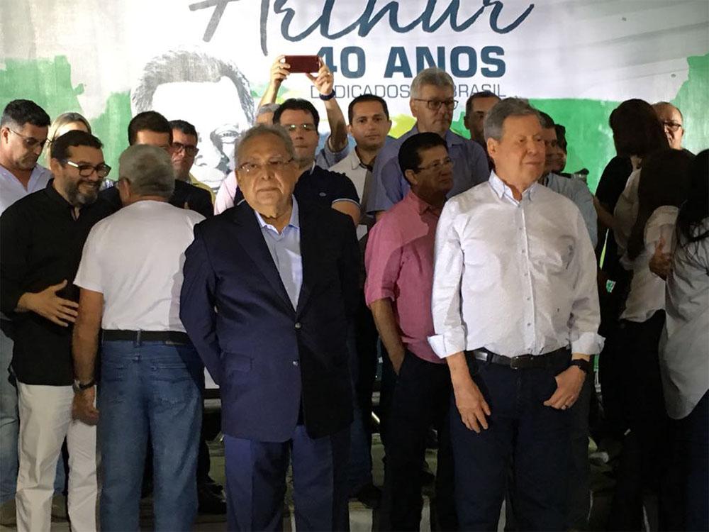 Pesquisas apontam Amazonino e David na briga pelo Governo