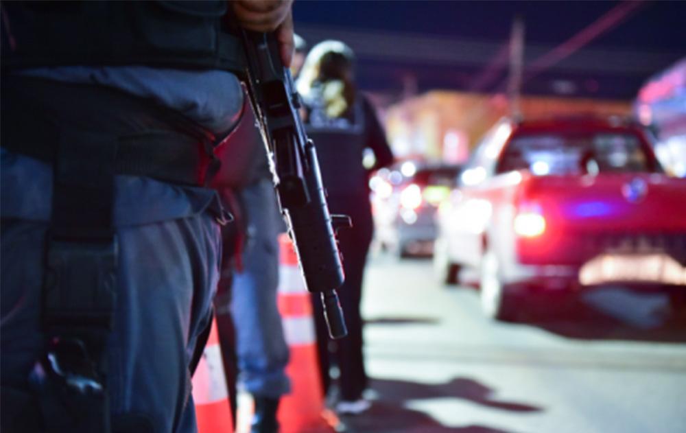 Polícia Militar prende 16 pessoas no fim de semana - Portal do ... 2e6efa823c9