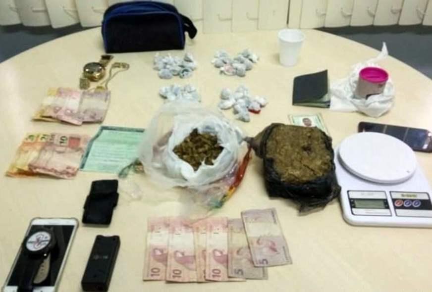 Homens que faziam delivery de droga são presos no São Raimundo em ... afdbc8527ba